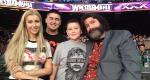 Mick Foley with Family - Wrestling Examiner - WrestlingExaminer.com