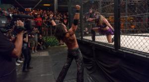 Johnny Mundo vs Sexy Star - Wrestling Examiner