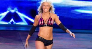 Kelly Kelly - Wrestling Examiner