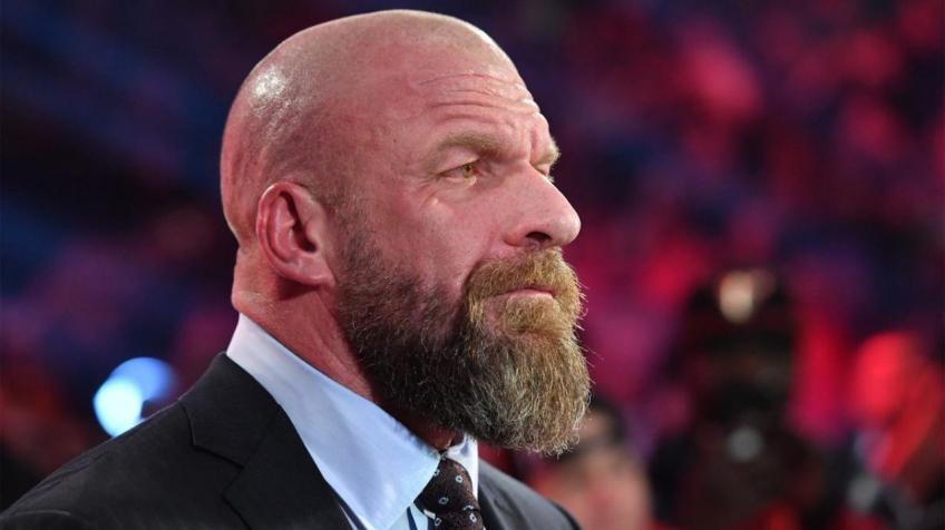 Triple H suit - Wrestling Examiner
