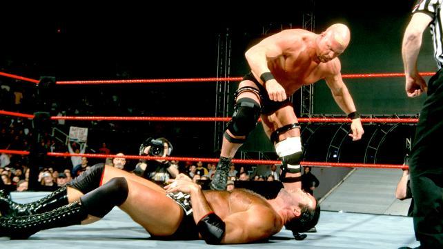 Steve Austin vs Scott Hall - Wrestling Examiner